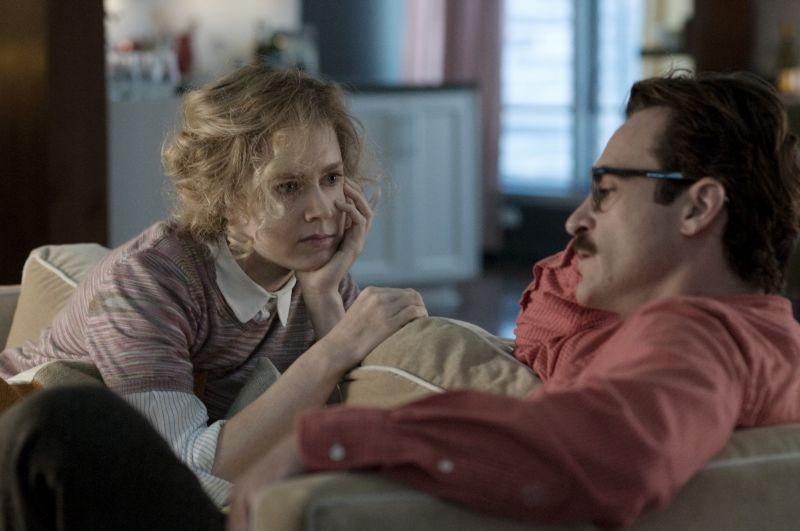 Lei: Joaquin Phoenix con Amy Adams in una scena del film