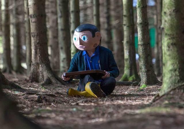 Frank: Michael Fassbender sperimenta la sua musica nel bosco