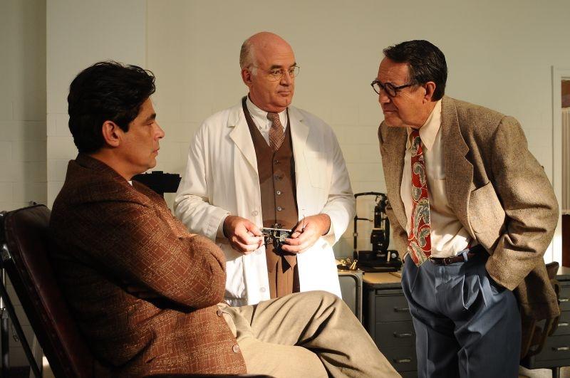 Jimmy P.: Benicio Del Toro con Joseph Cross e Larry Pine una scena del film
