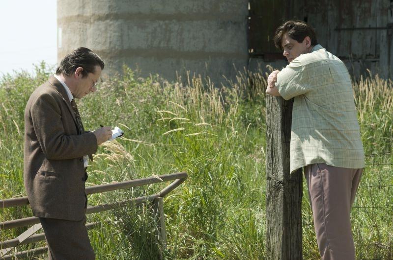Jimmy P.: Benicio Del Toro con Mathieu Amalric in una scena del film