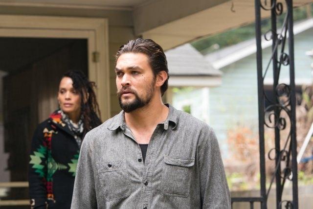 The Red Road: Lisa Bonet e Jason Momoa in una scena della serie