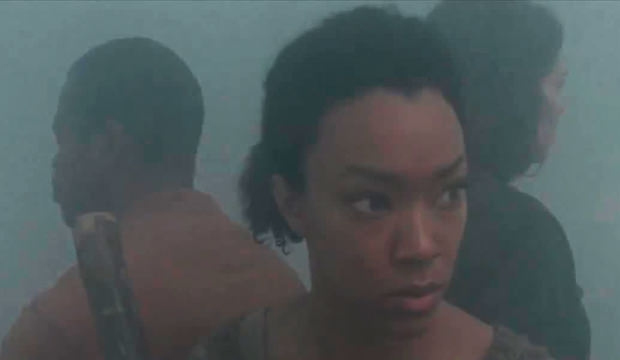 The Walking Dead: Lauren Cohan, Sonequa Martin e Lawrence Gilliard Jr. in una tesa scena dell'episodio Solo