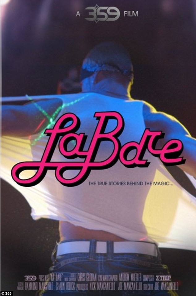 La Bare: la locandina del film