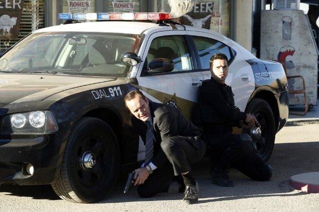 Agents of S.H.I.E.L.D.: Clark Gregg e Brett Dalton nell'episodio Yes Men