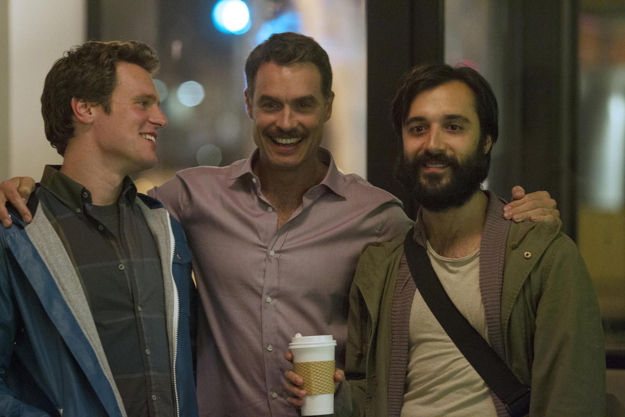 Looking: Jonathan Groff, Frankie J. Alvarez e Murray Bartlett nel finale della prima stagione