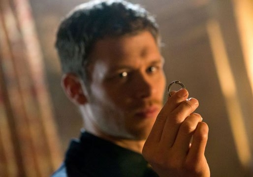 The Originals: un primo piano di Joseph Morgan in una scena dell'episodio Moon Over Bourbon Street