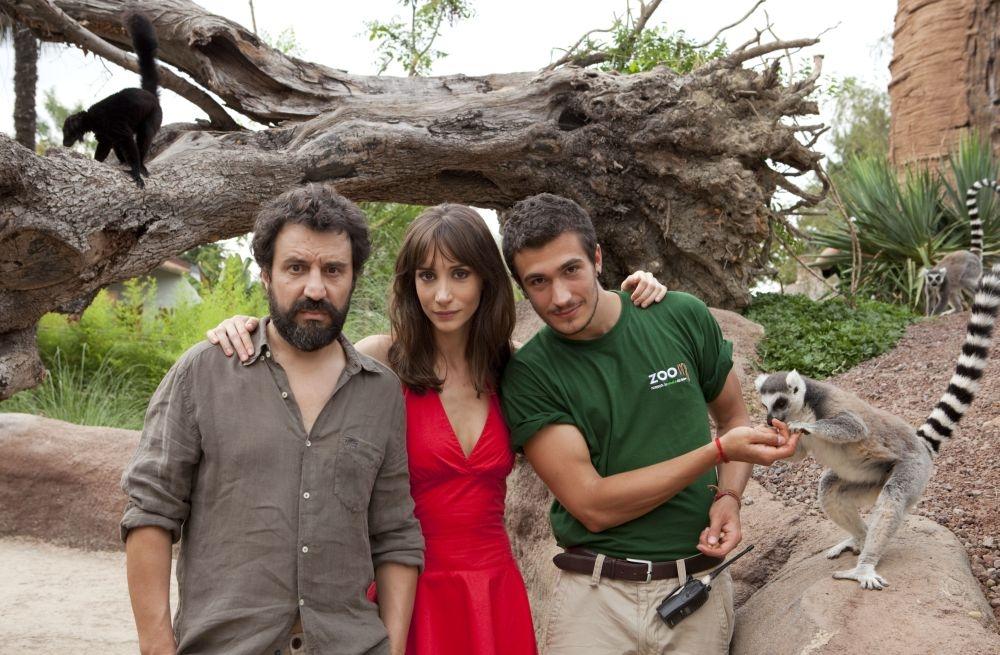 La luna su Torino: i protagonisti Walter Leonardi, Manuela Parodi ed Eugenio Franceschini in una foto promozionale