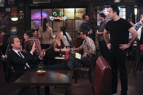 How I Met Your Mother: Neil Patrick Harris durante una scena del finale di serie
