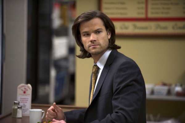 Supernatural: Jared Padalecki in una scena dell'episodio Mother's Little Helper