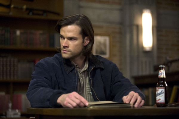 Supernatural: Jared Padalecki nell'episodio Mother's Little Helper
