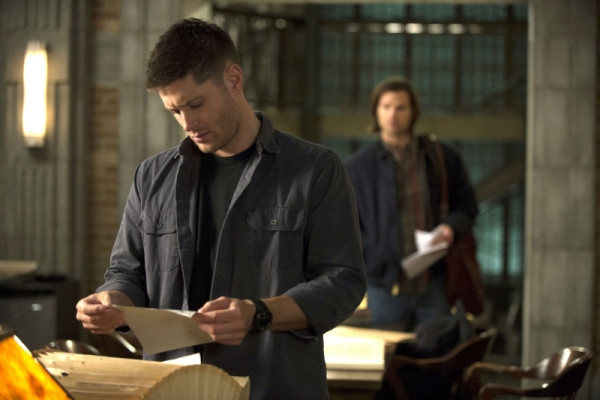 Supernatural: Jensen Ackles con Jared Padalecki nell'episodio Mother's Little Helper