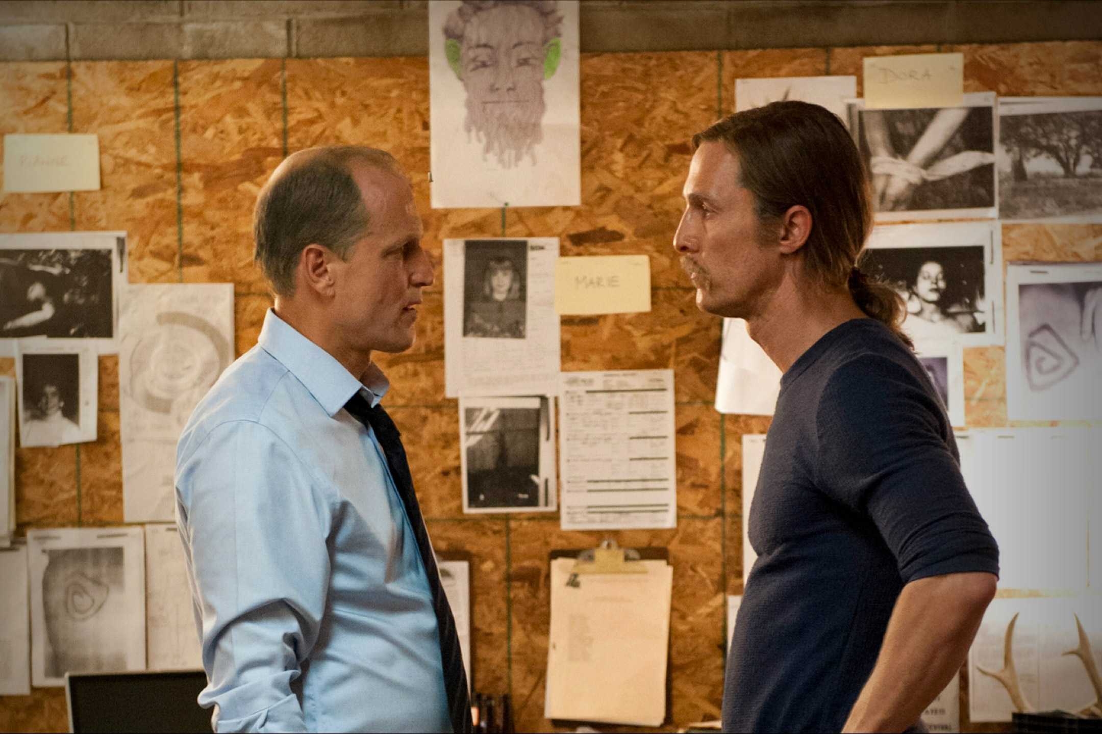 True Detective: Matthew McConaughey con Woody Harrelson nell'episodio After You've Gone
