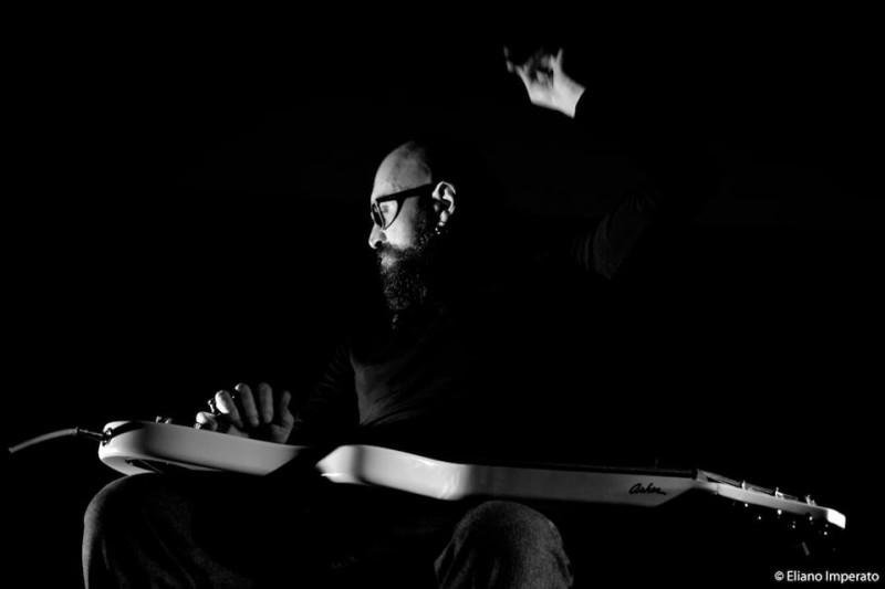Massimiliano Gaudio in una bella foto 'live'