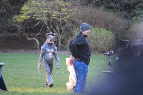 Doctor Who: un'immagine di un 'alieno' dal set dell'ottava stagione della serie
