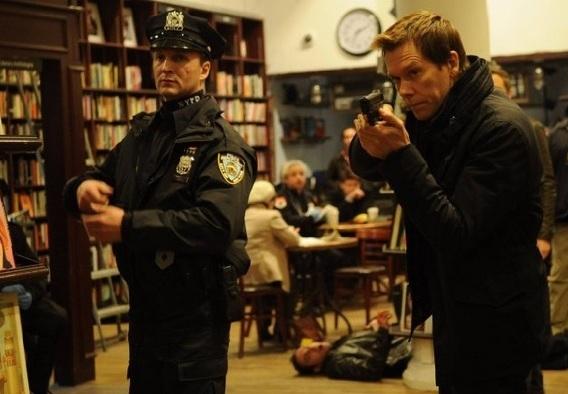 The Following: Kevin Bacon in una scena dell'episodio Unmasked