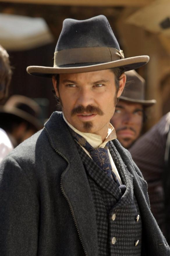 Deadwood: Timothy Olyphant nella prima stagione della serie