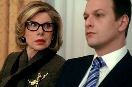 The Good Wife: Christine Baranski e Josh Charles in una scena dell'episodio A Few Words