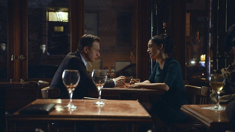 The Good Wife: Josh Charles e Archie Panjabi nell'episodio Dramatics, Your Honor
