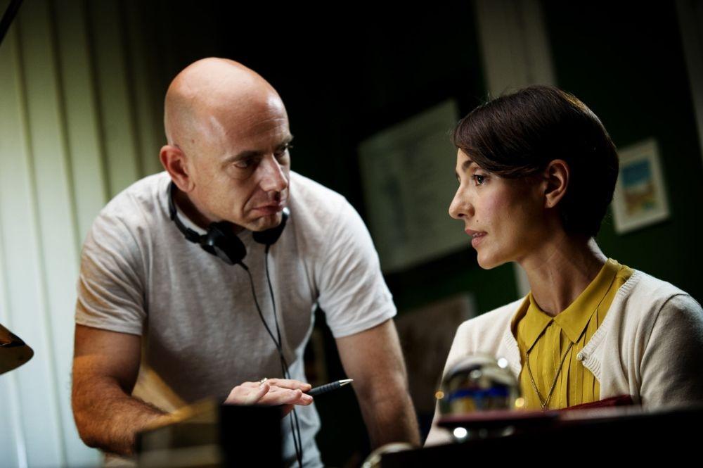 Ti ricordi di me?: Ambra Angiolini sul set del film con il regista Rolando Ravello