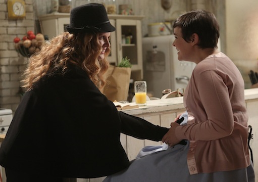 C'era una volta: Rebecca Mader e Ginnifer Goodwin nell'episodio Quiet Minds