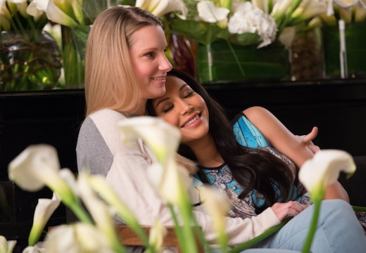 Glee: Heather Morris e Naya River nell'episodio New Directions
