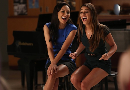 Glee: Naya River e Lea Michele nell'episodio New Directions