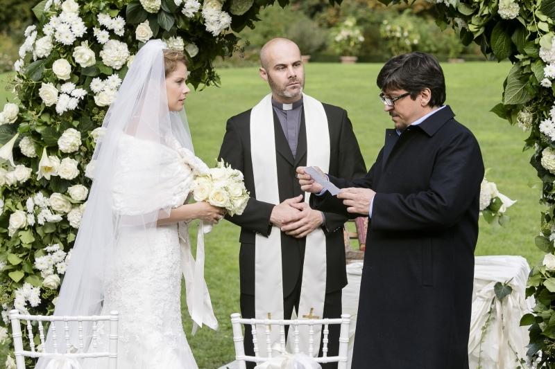 Un matrimonio da favola: Ricky Memphis e Andrea Osvart in una scena del film