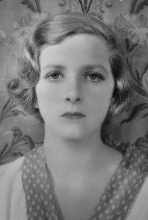 Una foto di Gladys Cooper