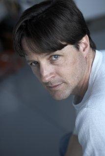 Una foto di Tim Guinee