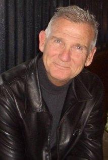 Una foto di Burke Byrnes
