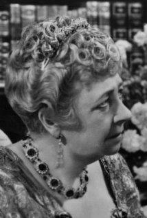 Una foto di Dame May Whitty