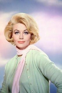 Una foto di Dorothy Malone