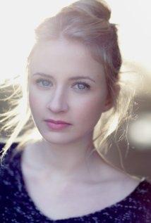 Una foto di Eliza Bennett
