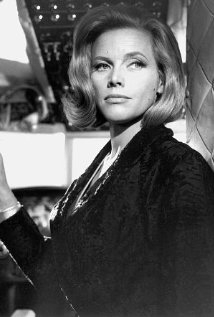 Una foto di Honor Blackman