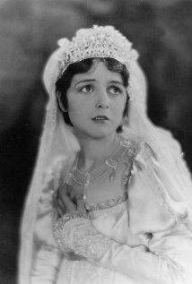 Una foto di Mary Astor