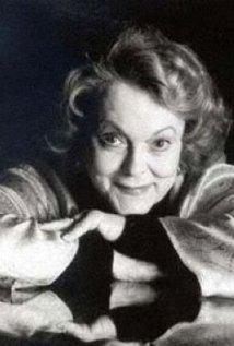 Una foto di Shirley Douglas