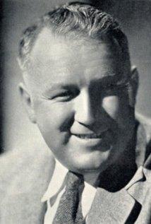 Una foto di Vernon L. Walker
