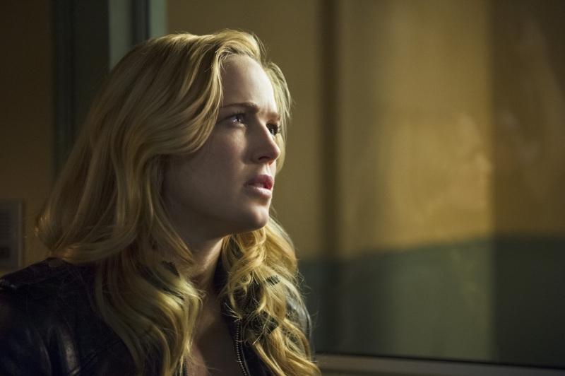 Arrow: Caity Lotz nell'episodio Deathstroke
