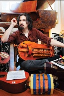 Una foto di Bear McCreary