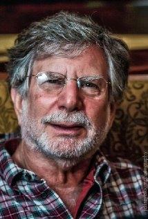 Una foto di Bob Shayne