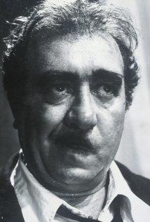 Una foto di Saro Urzì