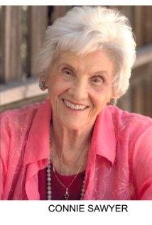 Una foto di Connie Sawyer