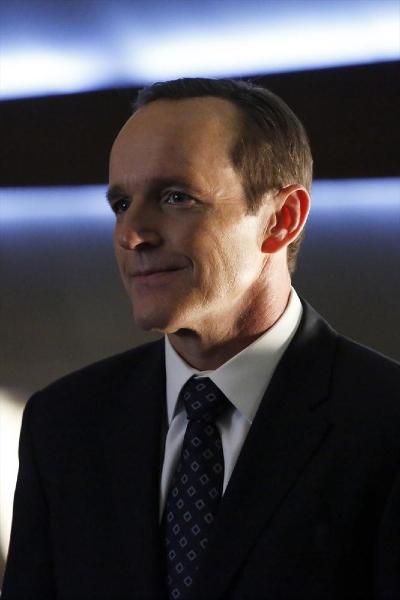 Agents of S.H.I.E.L.D.: Clark Gregg in un momento dell'episodio End of the Beginning