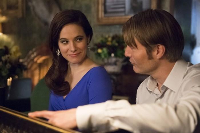 Hannibal: Caroline Dhavernas e Mads Mikkelsen nell'episodio Futamono