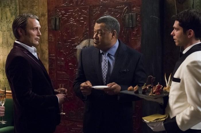 Hannibal: Mads Mikkelsen e Laurence Fishburne nell'episodio Futamono