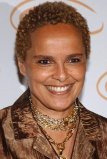 Una foto di Shari Belafonte