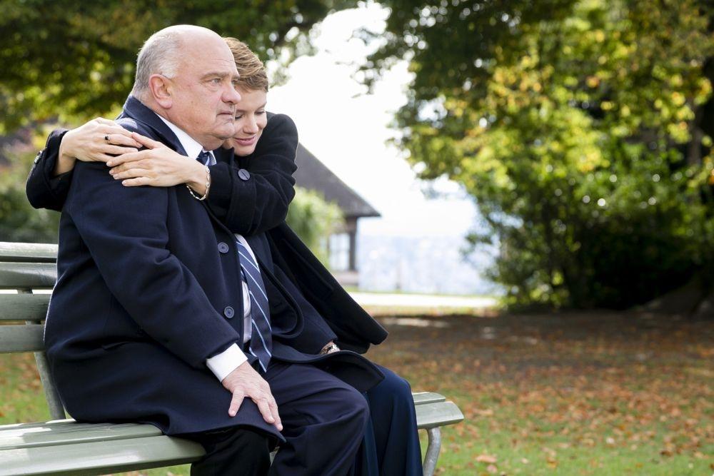 Un matrimonio da favola: Andrea Osvart e Teco Celio in una tenera immagine del film