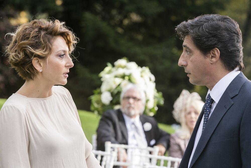 Un matrimonio da favola: Paola Minaccioni in una scena con Emilio Solfrizzi