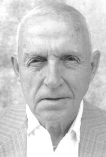 Una foto di David C. Roehm Sr.