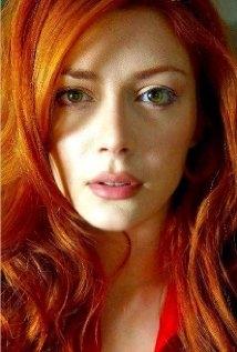 Una foto di Elena Satine